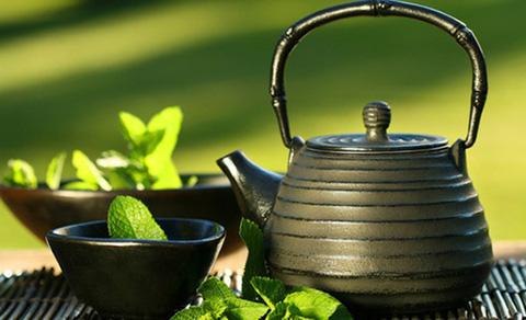 чайник и зеленый чай, культура потребления зеленого чая