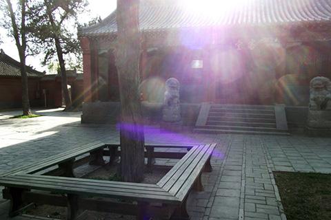 Фотография дворика даоского монастыря