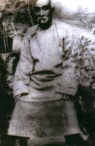 Лян Чженьпу (梁振 蒲)
