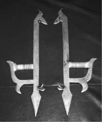 Оружие петушиные когти