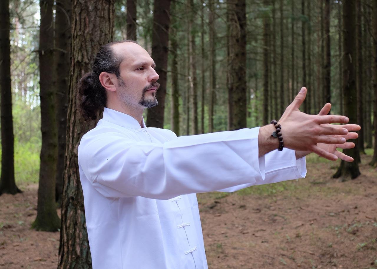 Упражнение - обнять дерево