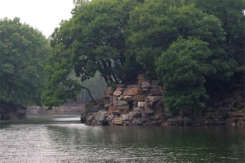пейзаж в пекинском парке Ихэюань