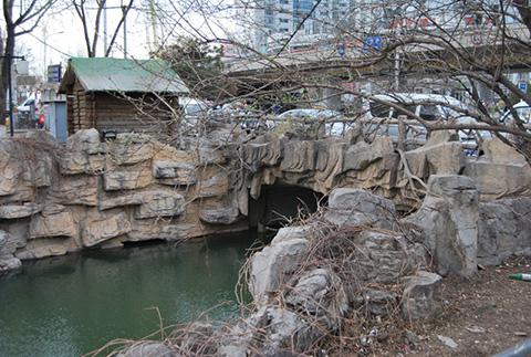 Фотография моста через речку в Китае