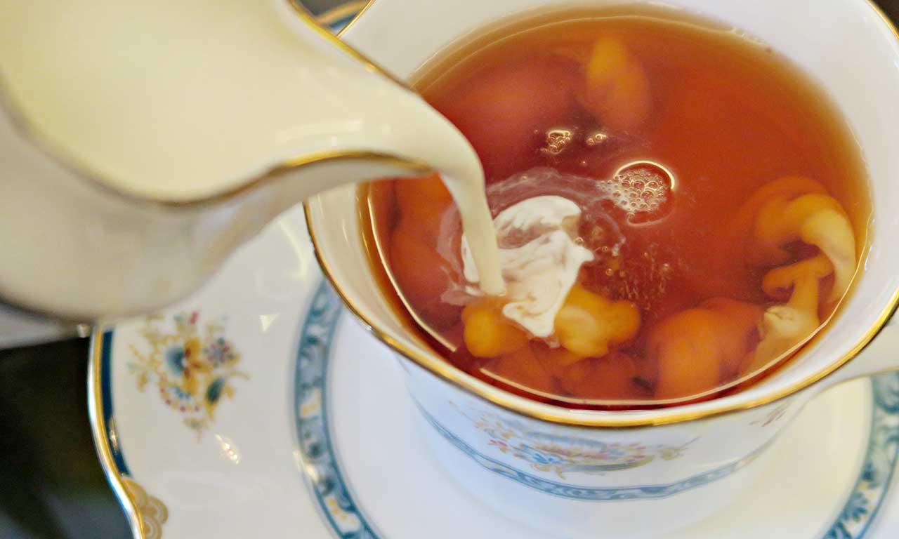 Чай с добавлением молока