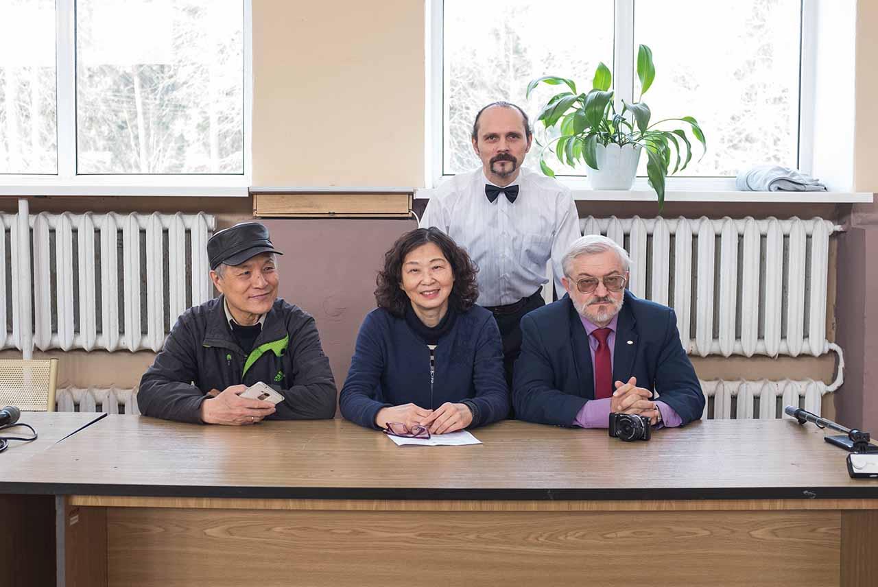 Артишевский Максим с Директорами института конфуция БНТУ